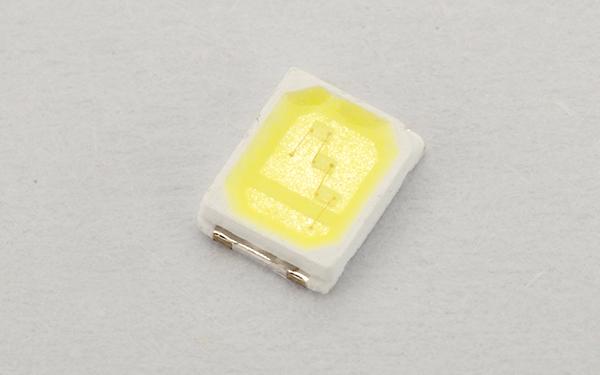 贴片LED发光fun88官网手机版2835系列